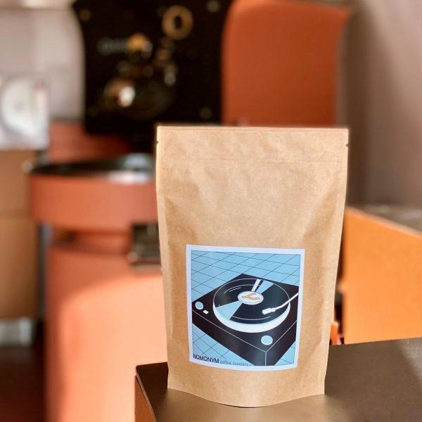 Cafea de specialitate Nomonym Coffee Brazilia Sítio Santa Maria